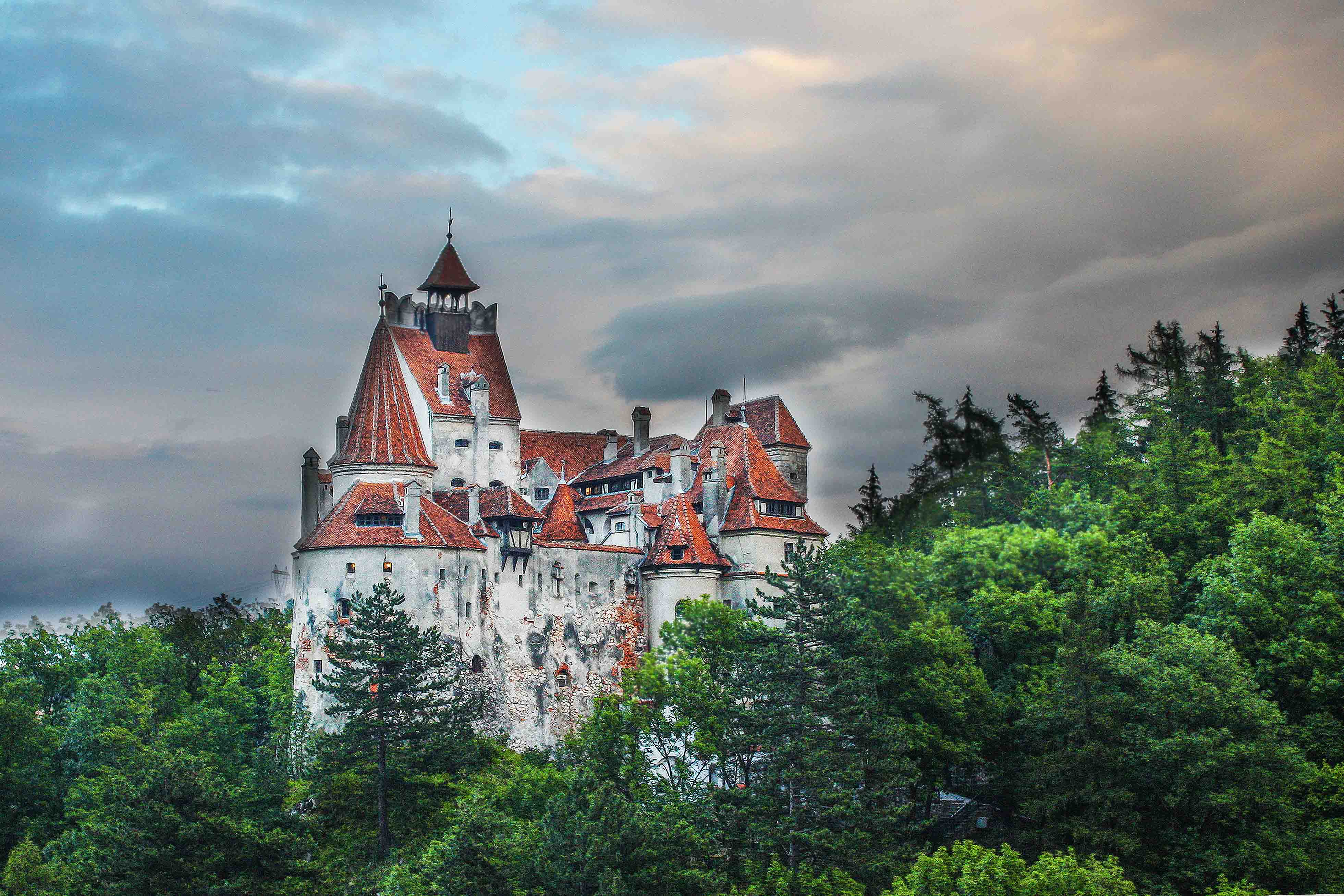 Vlad The Impalers Castle On The Footsteps Of The Real Dracula Places In Romania