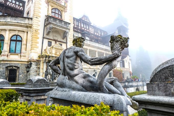 Peles Castle fountain
