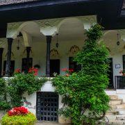 Bellu Manor day trip