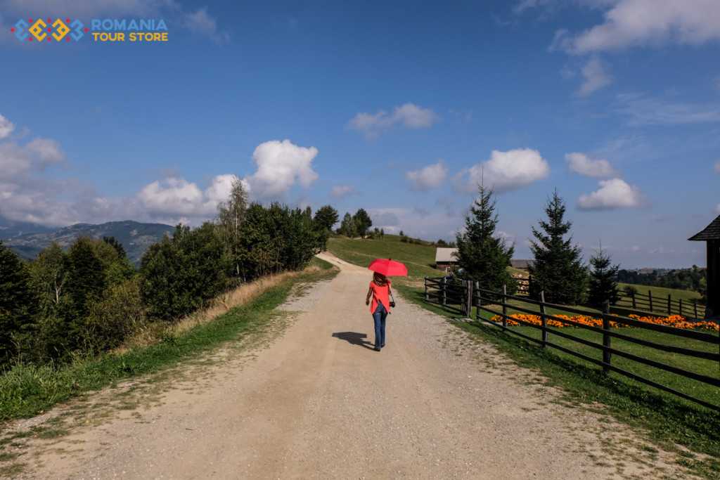 Easy Hike tour Romania