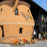 Pottery shop Horezu