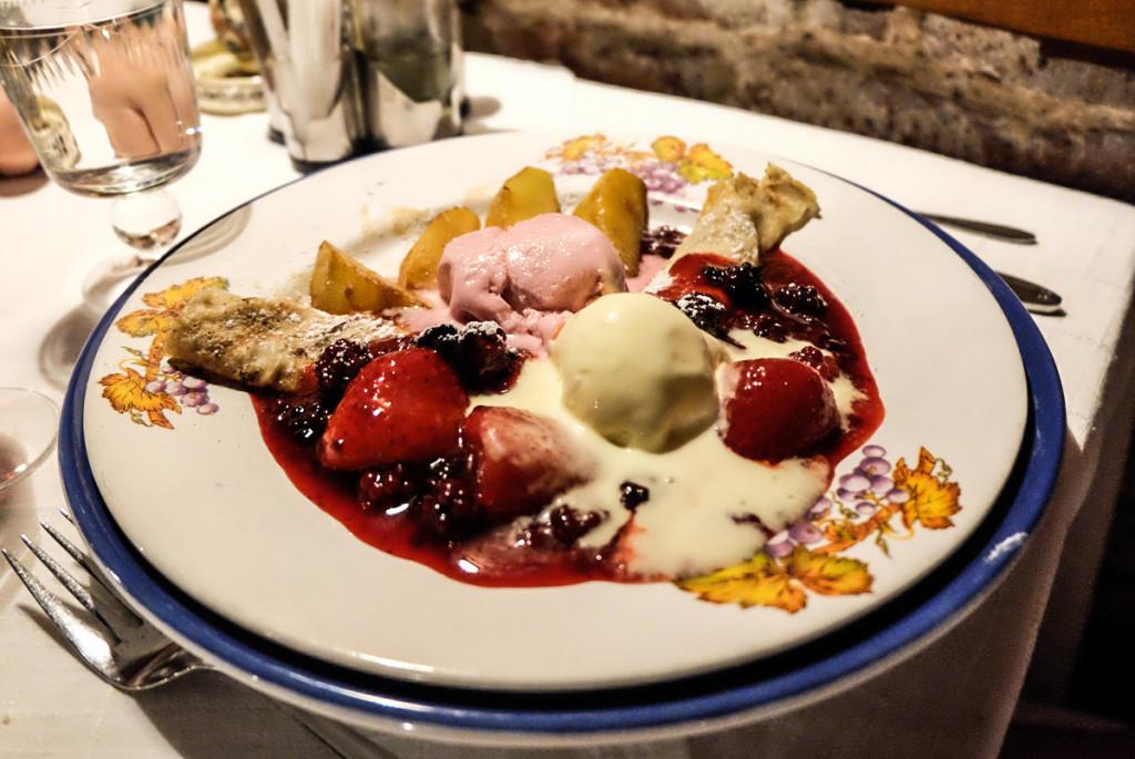 Roamania dessert