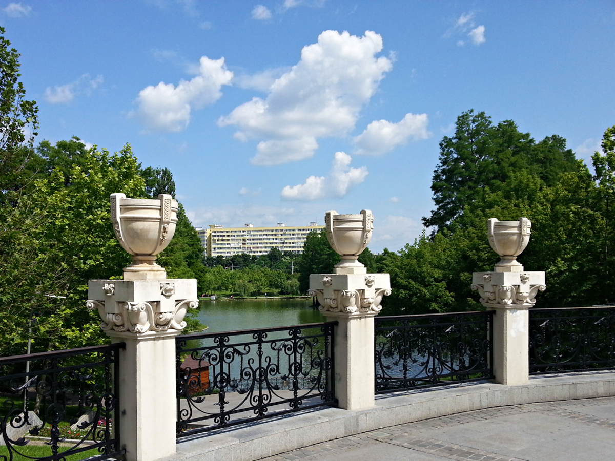 Top Things To Do In Bucharest RomaniaTourStore - 8 things to see and do in southern france