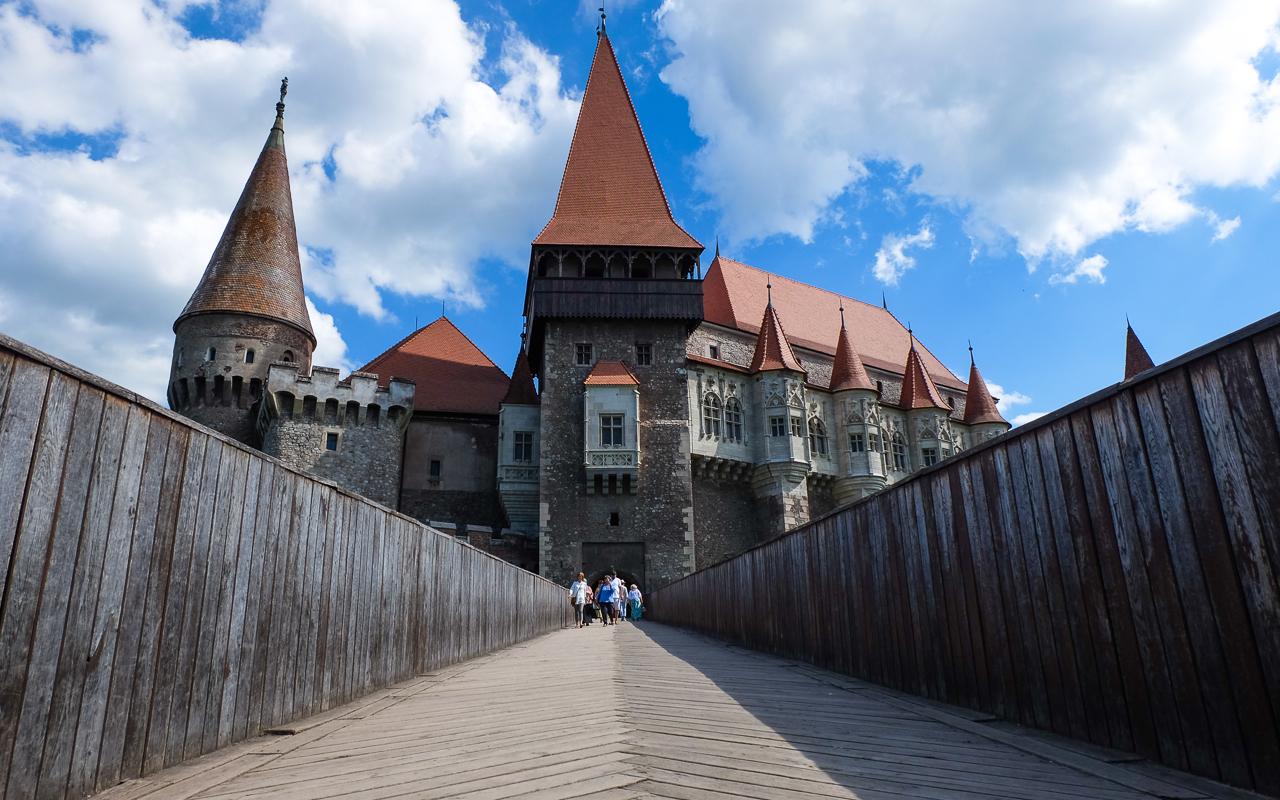 transylvania-castle-hunyadi